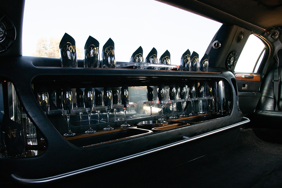 Lincoln Town Car Wet Bar